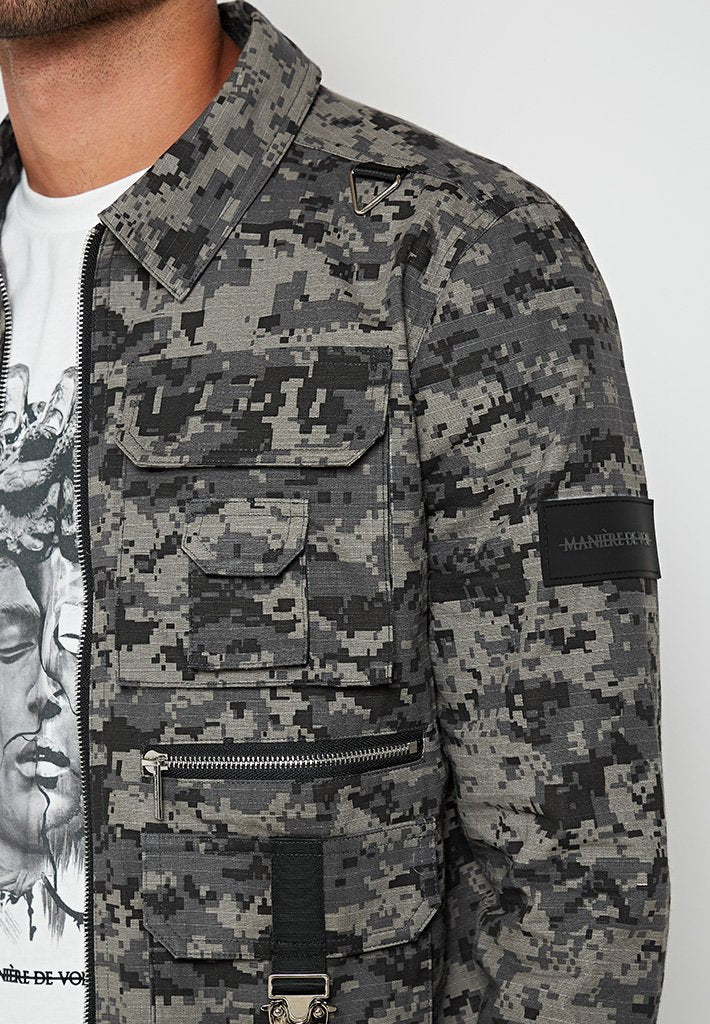 digital-camo-cargo-jacket-grey
