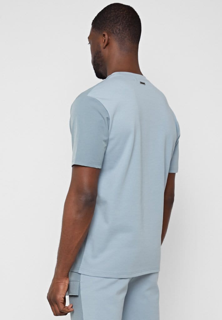 jersey-technical-pocket-t-shirt-steel-blue-1