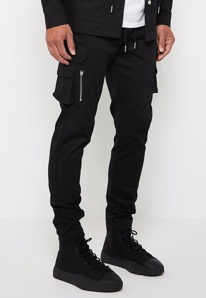 cargo-trousers-with-print-black