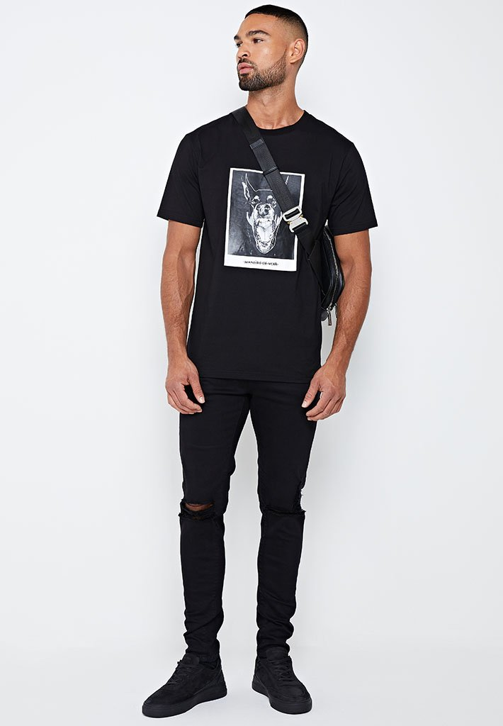 hound-graphic-t-shirt-black