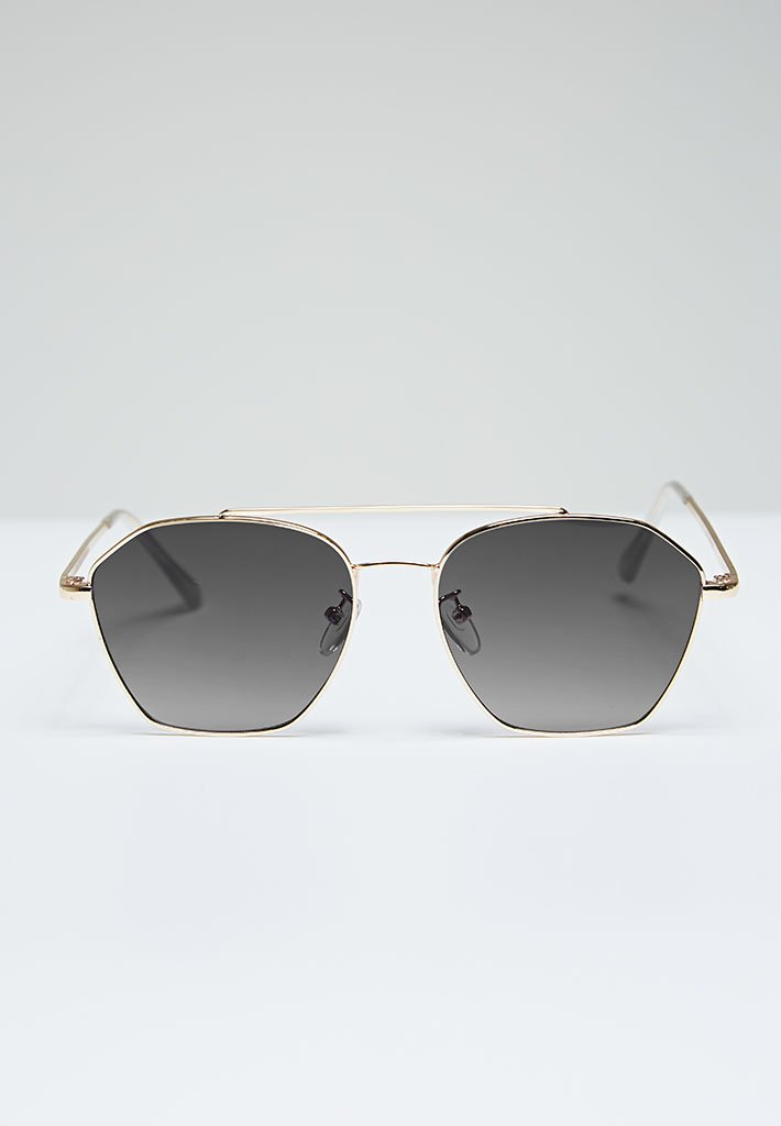 aviator-sunglasses-black