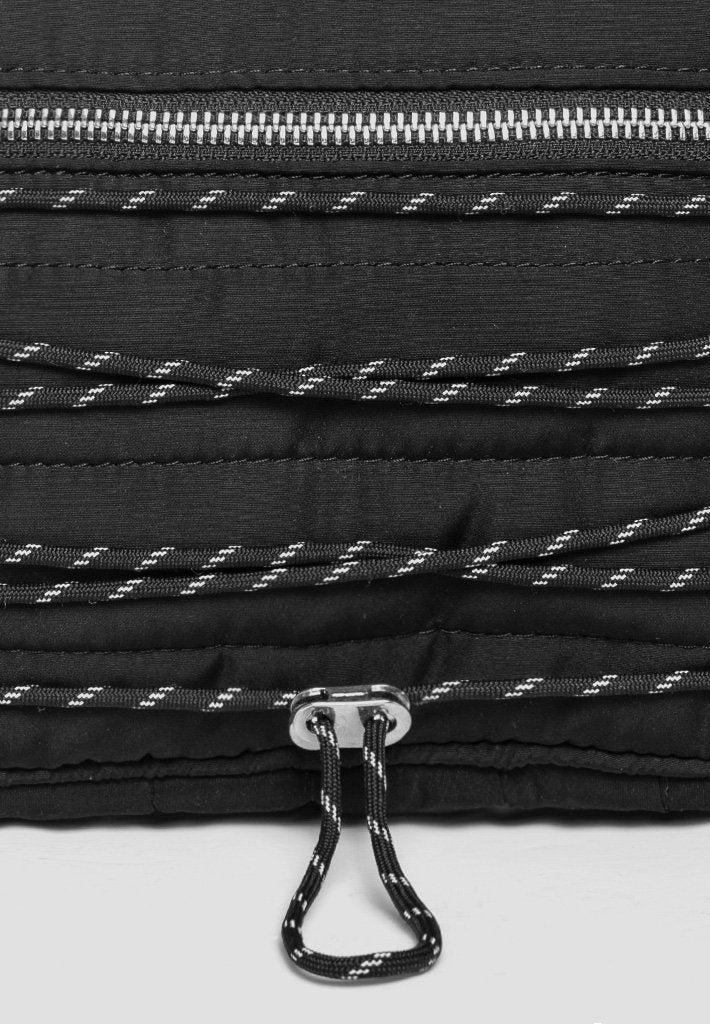 reflective-bungee-cord-cross-body-bag