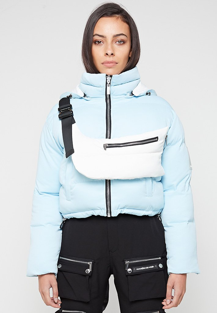 Reversible-Puffer-Jacket-with-Detachable-Bag