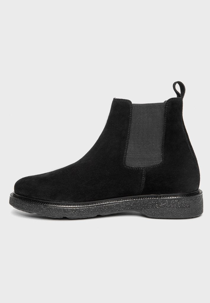 suede-chelsea-boot-black