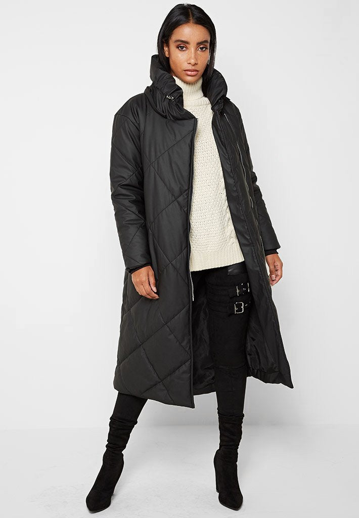 diamond-quilted-matte-puffer-longline-coat-black