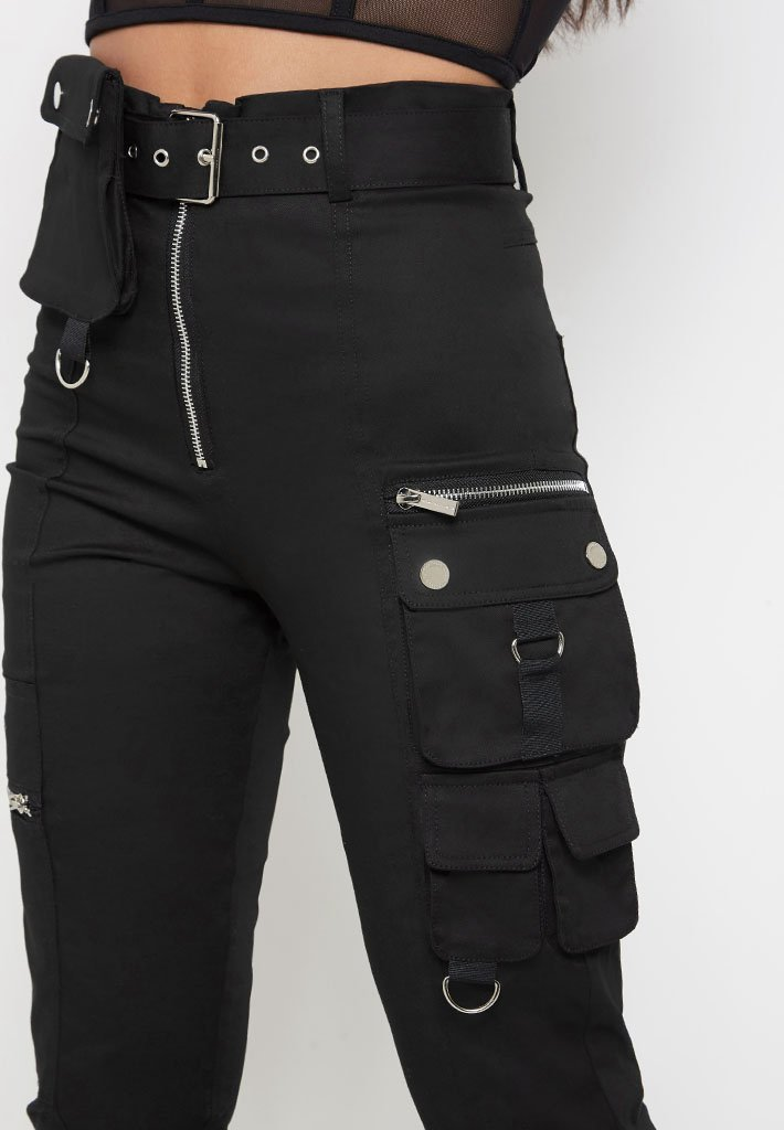 cargo-pocket-detail-trousers-black