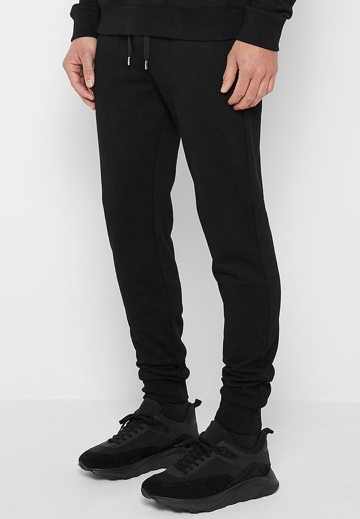essential-mdv-tracksuit-bottoms-black