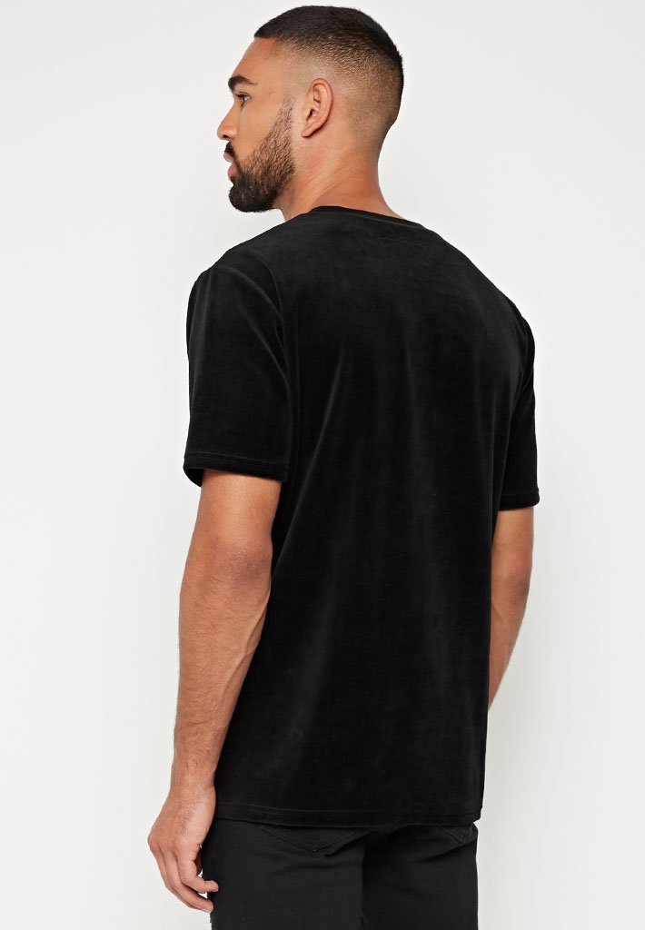 velour-eagle-embroidered-t-shirt-black
