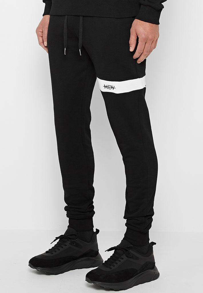 single-stripe-tracksuit-bottoms-black
