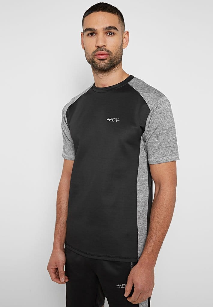 textured-stripe-sports-luxe-t-shirt-black