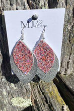 Load image into Gallery viewer, Dangle Drop Earrings