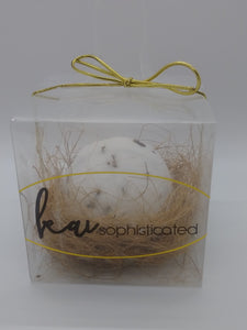 Organic bath bomb with Lavender petals and Lavender Essential Oils