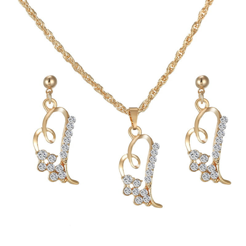 18 k Gold Heart Jewelry Necklace and Earring Set