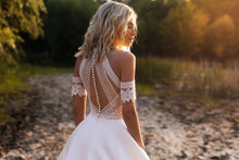 Laden Sie das Bild in den Galerie-Viewer, Brautkleid: - Julia -