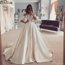 Laden Sie das Bild in den Galerie-Viewer, Brautkleid - Alicia -