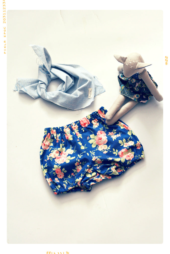 Vintage Rose Bubble Shorts Bloomers by Fleur + Dot. Vintage inspired. Handmade by Fleur and Dot. Navy and pink cotton.