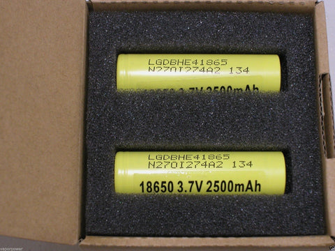 Nitecore D2 Digicharger with (2) Li-ion LG 18650 HE4 Battery 35A High Drain Batteries