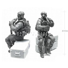 Load image into Gallery viewer, 1:35 Scale Resin Model US Army Special Forces Soldier Drink a Water NAI-19 - Yufan Models Store