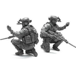 1:35 US Modern Special Forces Soldier w/ Grenade Resin Scale Model