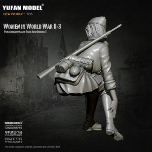 1:35 German Female Rifle Soldier Tiger Tank Crew Model Resin Scale Military Figure YFWW-2065-3 - Yufan Models Store
