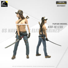Load image into Gallery viewer, 1:35 Tactical Girl with Katana Resin Scale Figure LOO-16 - Yufan Models Store