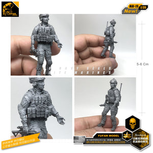 Yufan Model 1/35 Figure Model Kits Modern Us Special Forces And Canine Resin Soldier Model Nai-15
