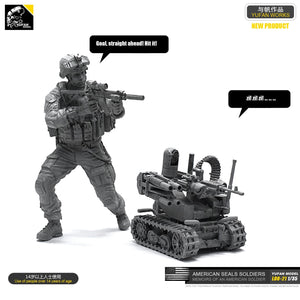 Yufan Model 1/35 Figure Model Kit American Seal Commando And Operational Robot Resin Soldier Unmounted Loo-21