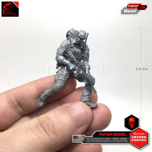 Yufan Model 1/35 Resin Figure Modern Seal Reconnaissance Force Resin Soldier Element Usk-02