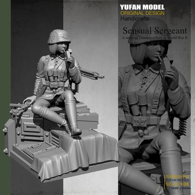 1:35 WWII German Female Soldier With Cigaret on Platform Resin Scale Soldier YFWW-2001