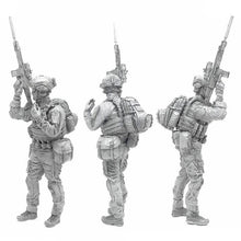 Load image into Gallery viewer, 1:35 Modern US Marines Soldier with SCAR-L Resin Scale Figure A18-07 - Yufan Models Store