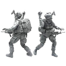 Load image into Gallery viewer, 1:35 US Marines Soldier Throws a Grenade Resin Scale Figure BEE-14 - Yufan Models Store
