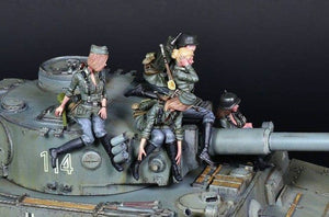 1:35 Full 6 pcs Set German Female Crew for Tiger Tank Model Resin Scale Military Figures YFWW-2065
