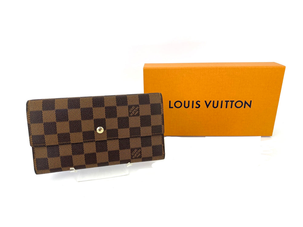 Louis Vuitton Damier Ebene International Wallet