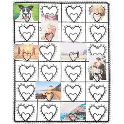 Farmlyn Creek Grid Wall Panel, Metal Wire Photo Rack with Hearts (14 x 16 in, Black)