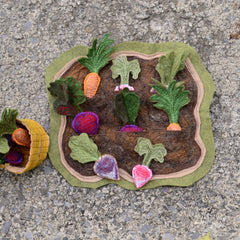 """How Does Your Garden Grow?"" // SMALL Felt Garden Playset // Montessori Classroom Work - Handmade By Aly Parrott"
