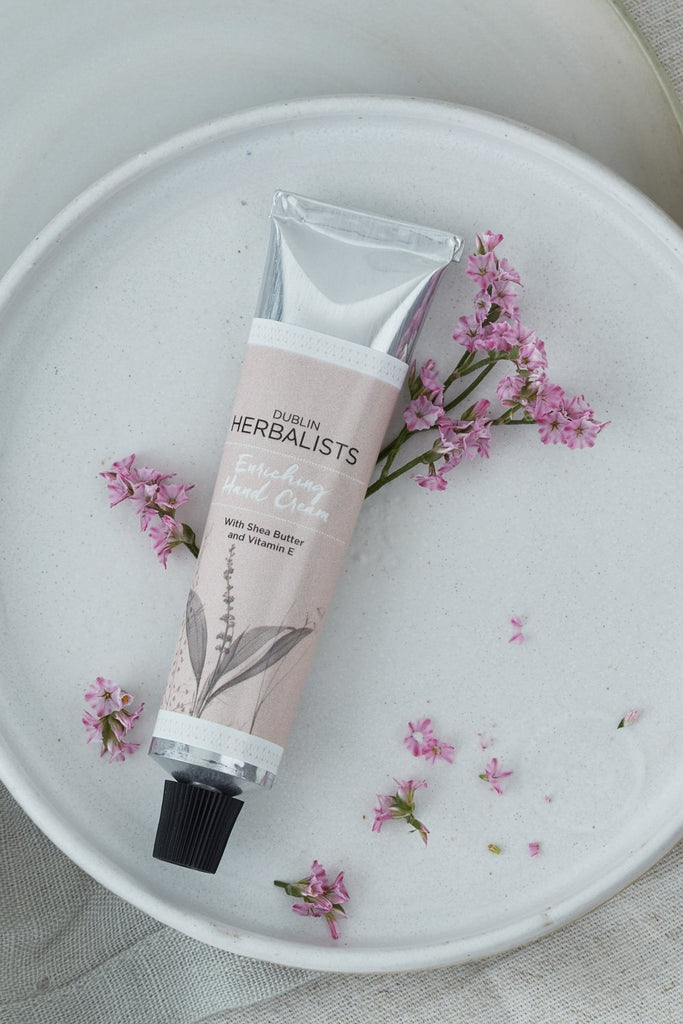 Enriching Hand Cream With Shea Nut Butter and Vitamin E 30ml