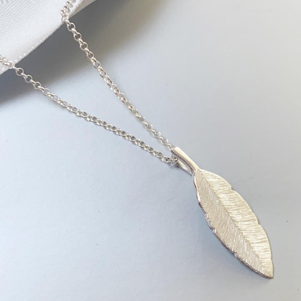 Feathers Appear Necklace