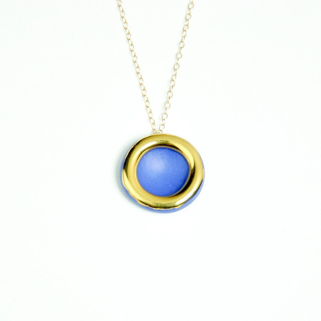 Gold circle necklace blue