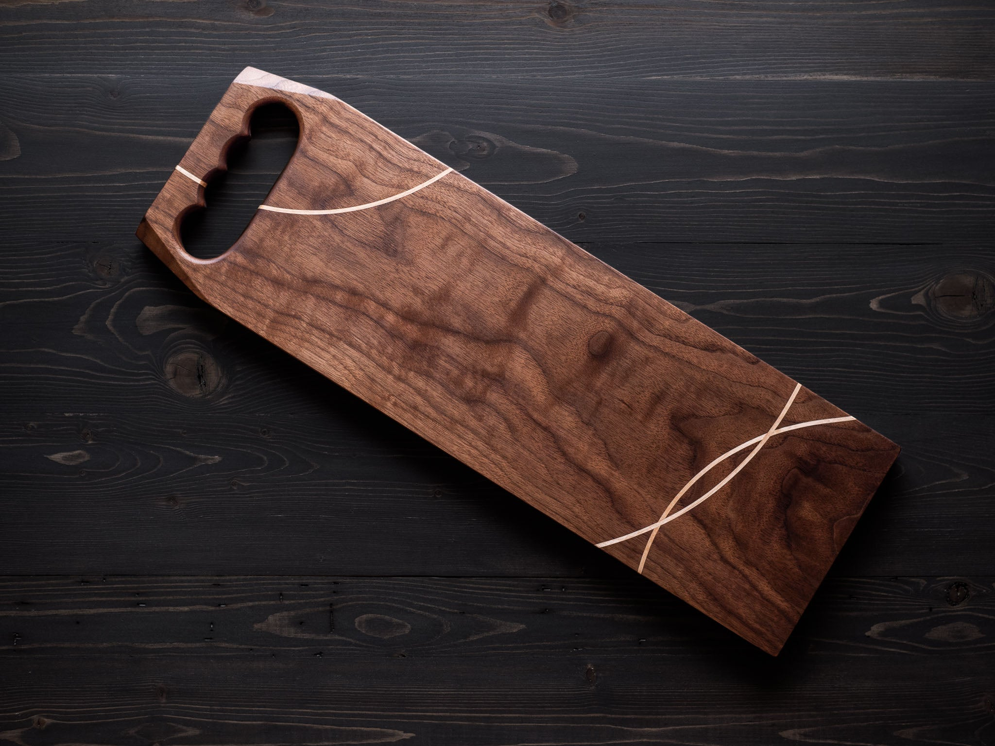 Walnut x Maple Charcuterie Board w/handle + inlay