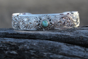 "Engraved 5/8"" Bracelet with Flower and Stone"