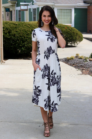 Honor Ivory and Black Floral Midi Dress