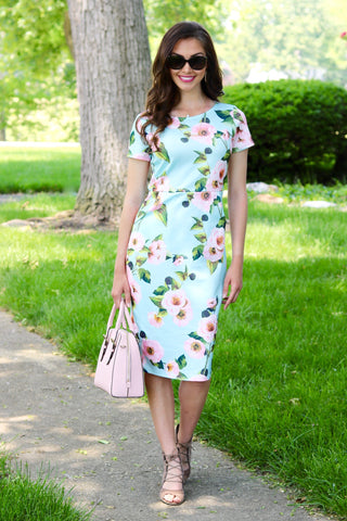 Kinsley Light Blue/Pink Floral Midi Dress