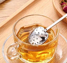 Load image into Gallery viewer, Heart Spoon Tea Infuser