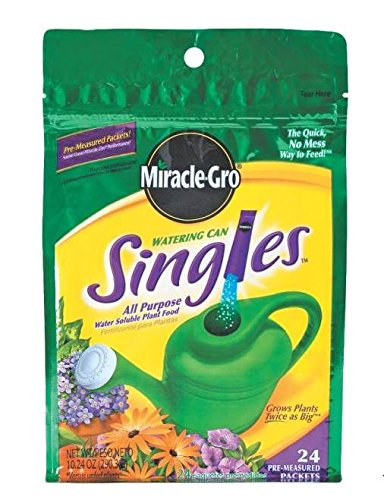 Miracle Gro 101430 24 Stick Watering Can Singles