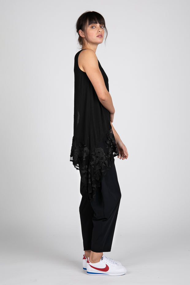 Embroidered Lace Picasso Sleeveless Tunic