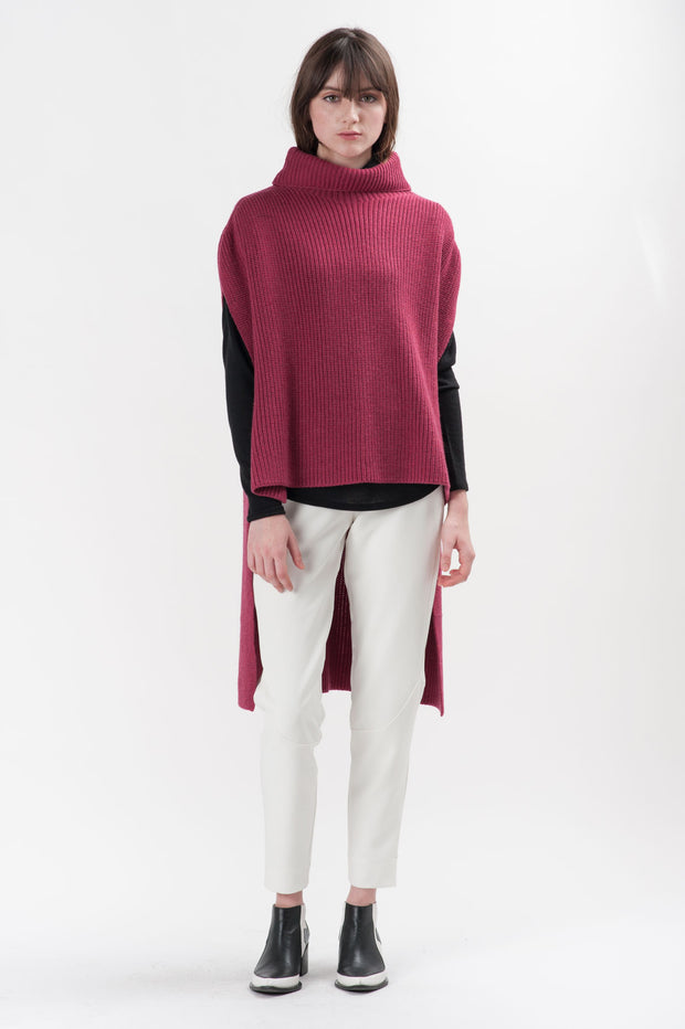 Berry Knit Hans Turtleneck Poncho