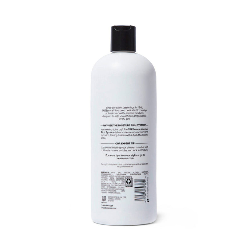 TRESemme Moisture Rich Moisturizing Conditioner for Dry Hair Formulated with Vitamin E (828 ml)