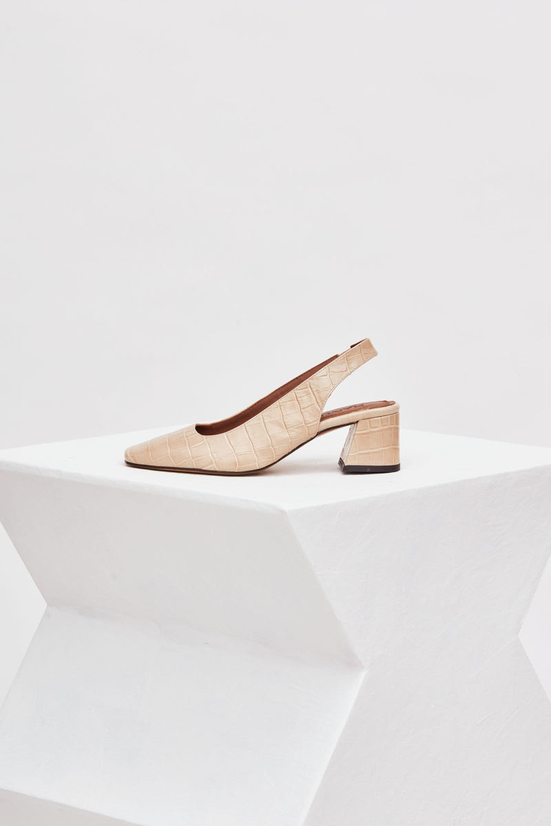 CUENCA - Cream Croc-Effect Leather Pumps