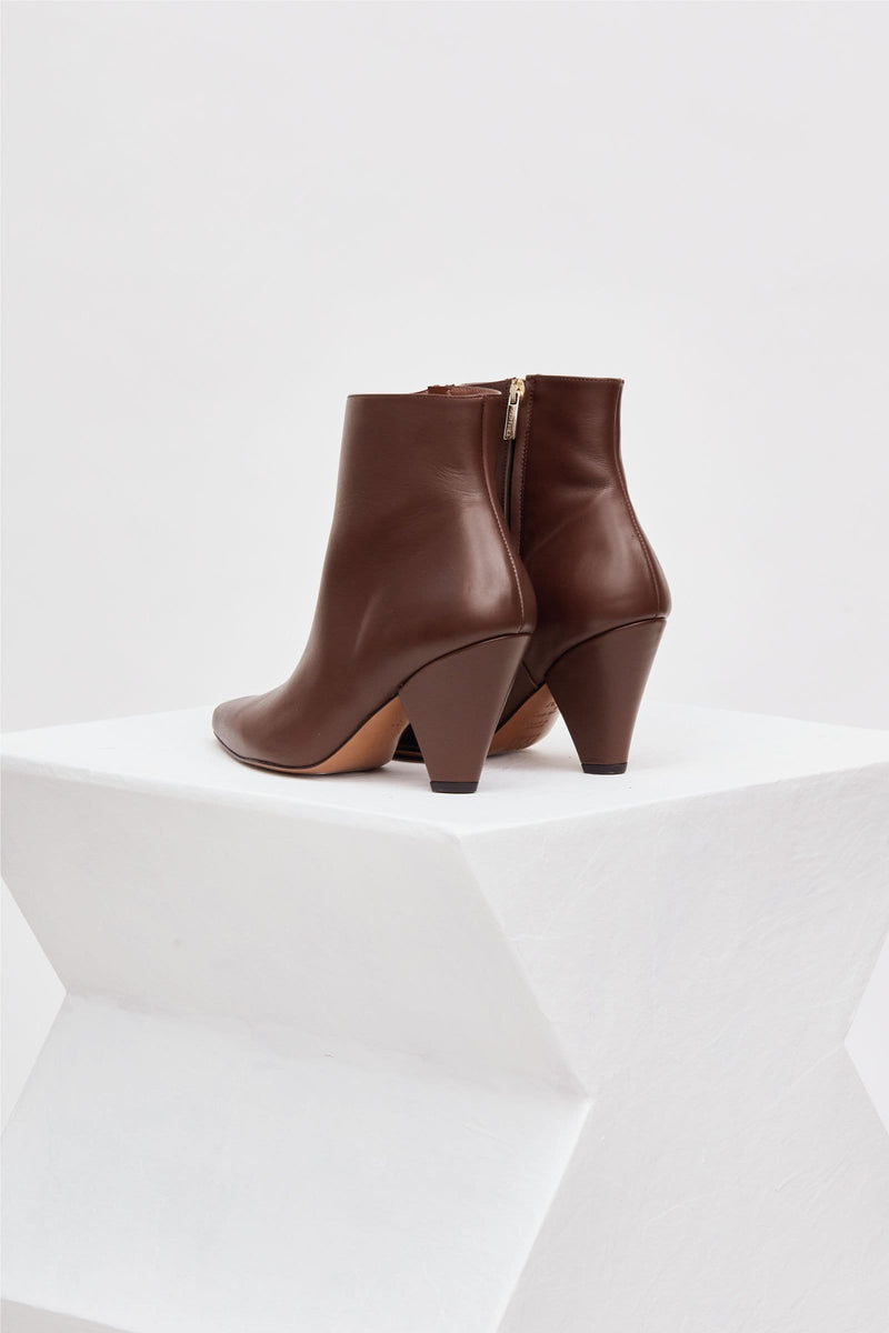SAN DIEGO - Chocolate Leather Ankle Boots