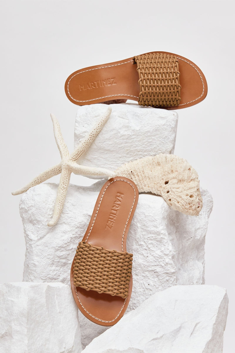 PLAYA CESTA - Light Tan Woven Leather Beach Sandals